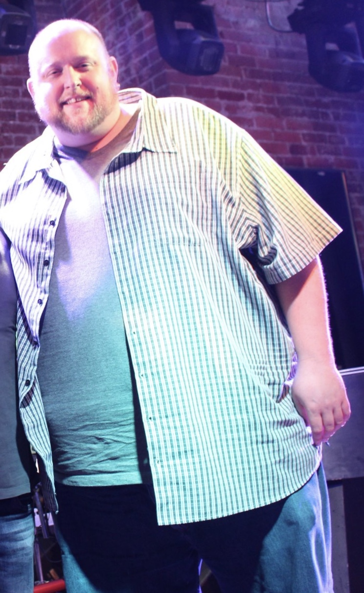 This is me at 505 pounds. Miserable.
