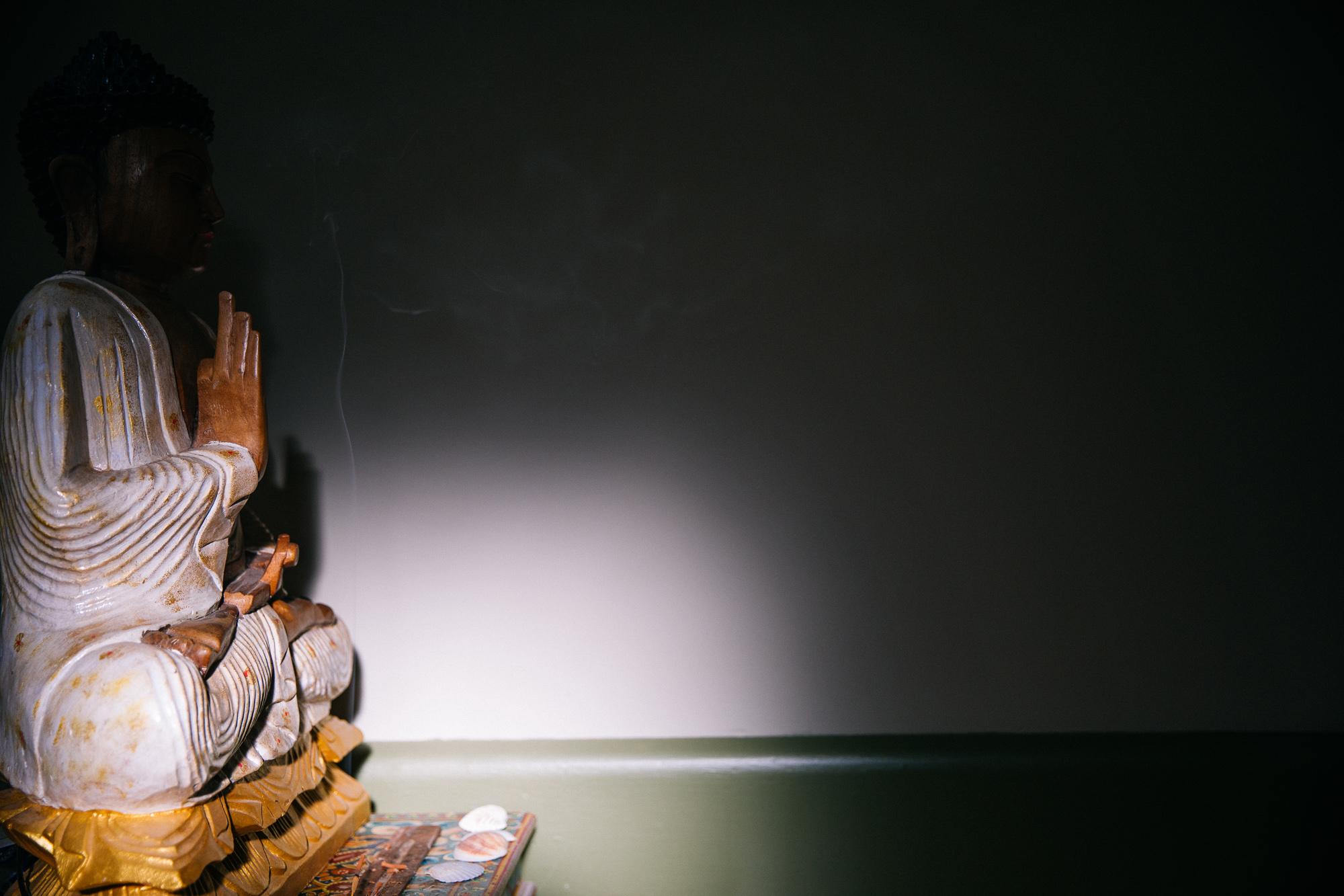 buddha handsjpg.jpg