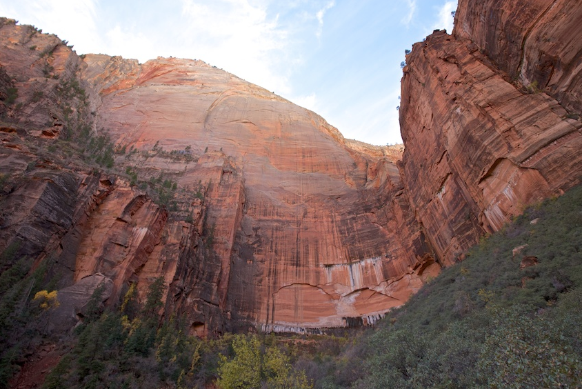 Zions National Park cliffs co-spire 2019