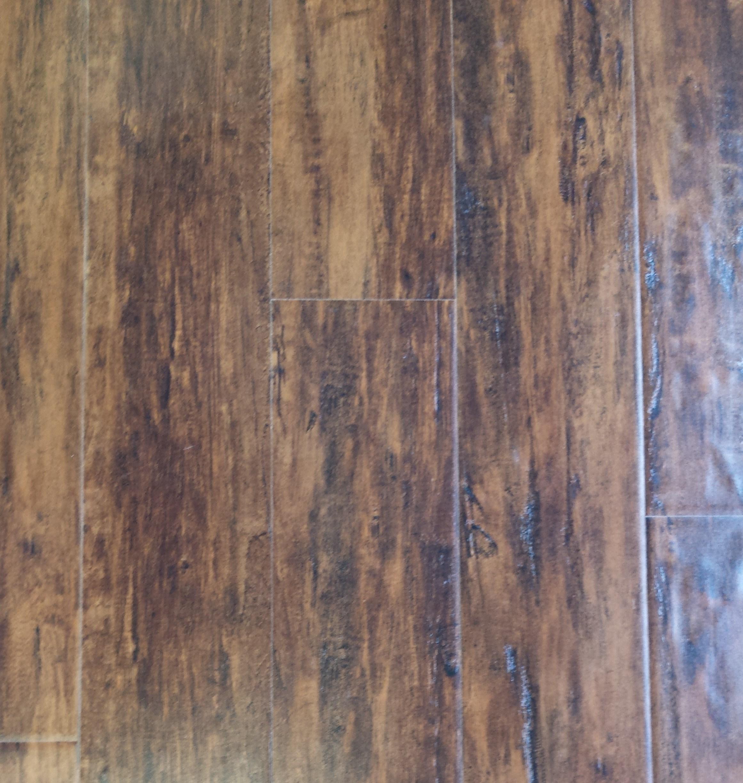 LH384 - Tavern Plank Door