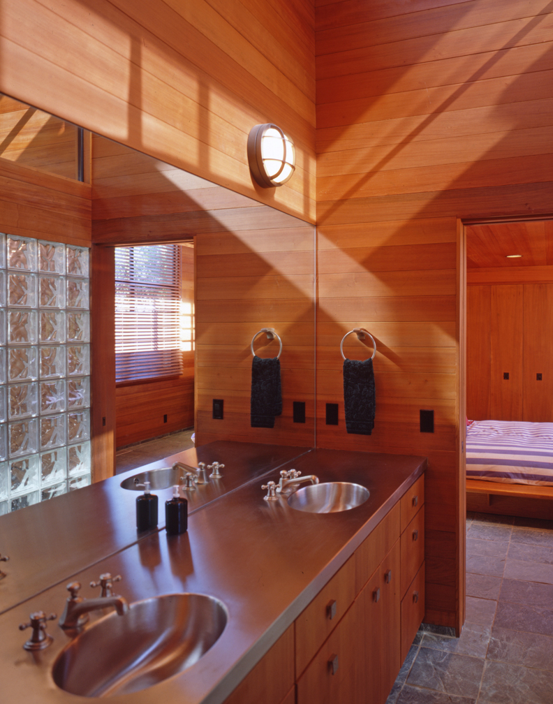 Redwood bath 19.jpg