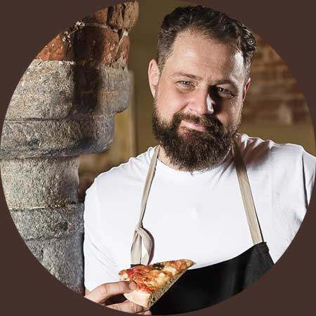 portrait-johann-gorbaniuk-johnnys-pizza.jpg