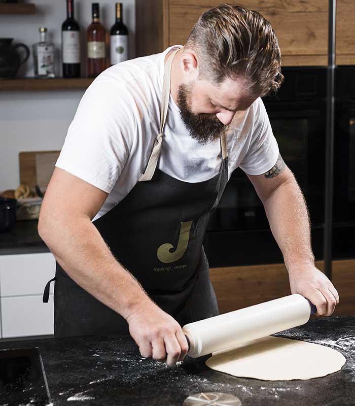 Anleitung-Schritt-2.2-johnnys-pizza.jpg