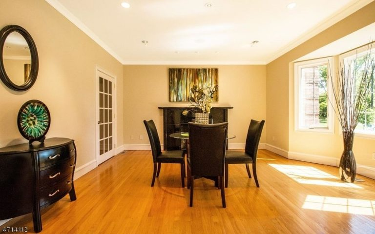After: A stylish dining room!