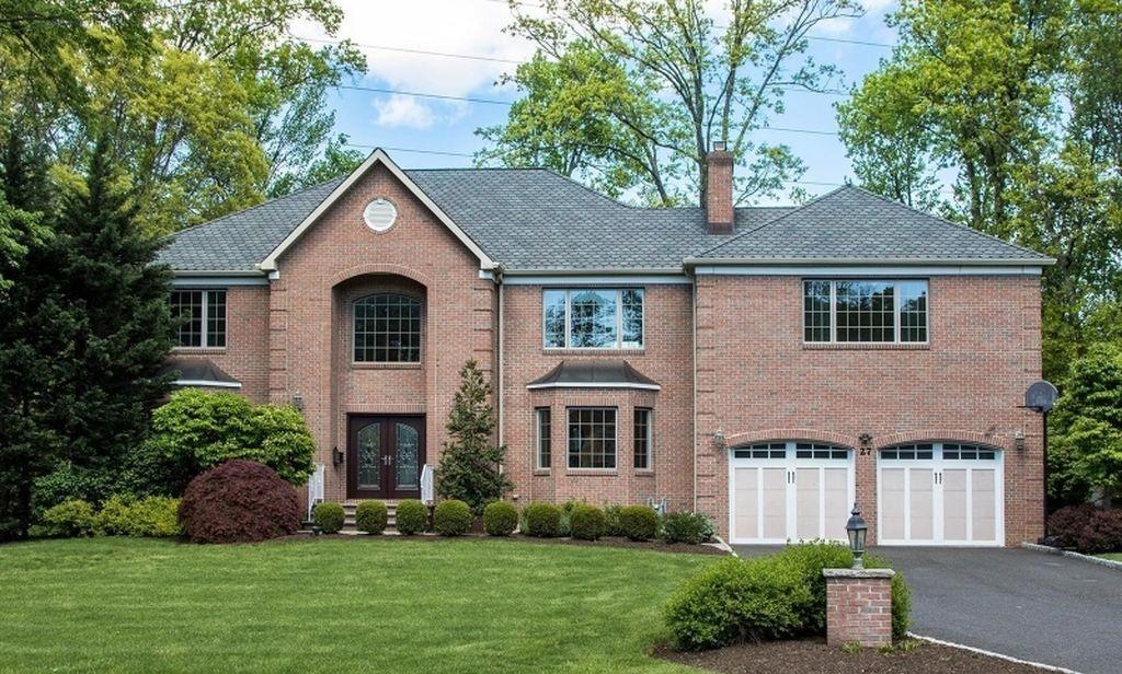 livingston-house-staging-for-top-dollar-bergen-morris-county-nj.jpg