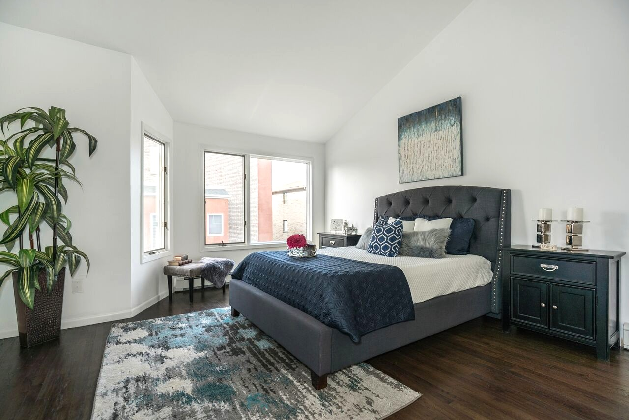 spaces-that-speak-home-stagers-fortlee-nj-bedroom.jpg