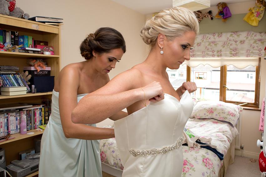 06-wedding-ballymagarvey-natural-fun.jpg
