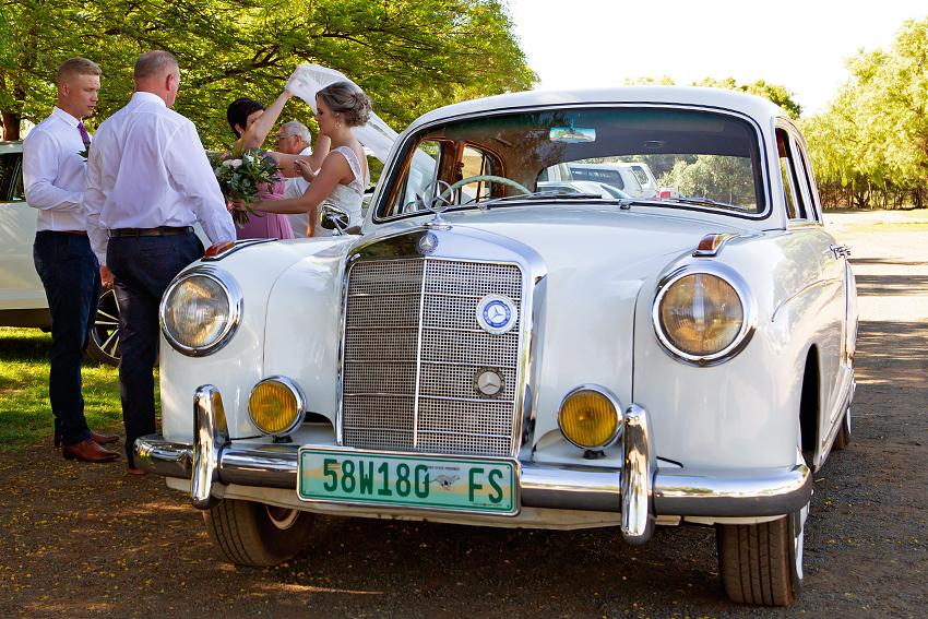 23-1-irish-wedding-photographer-kildare-creative-natural-documentary-david-maury.jpg