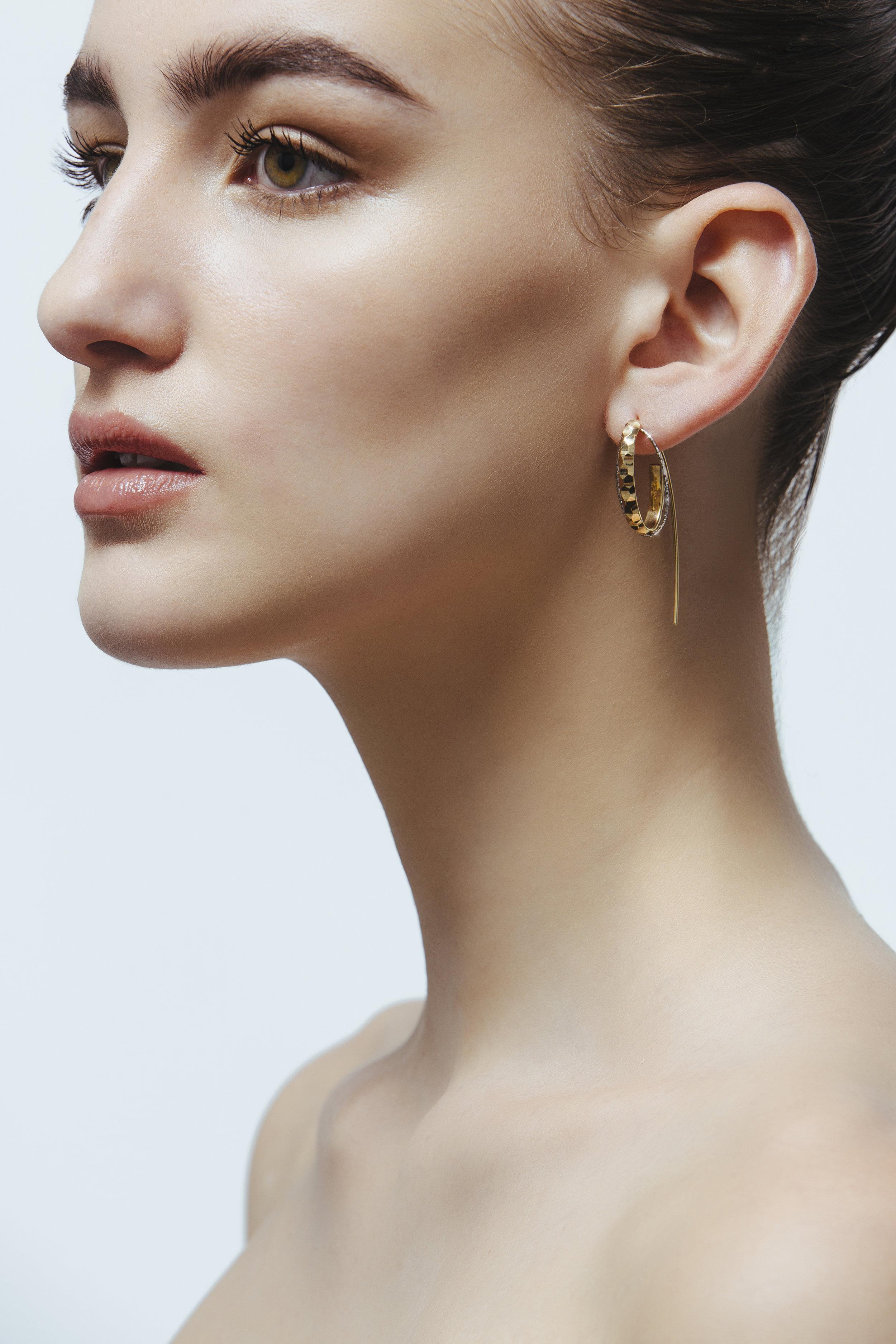 ADV Giuliana Mancinelli Bonafaccia Fine Jewelry Dunes Hook.jpg