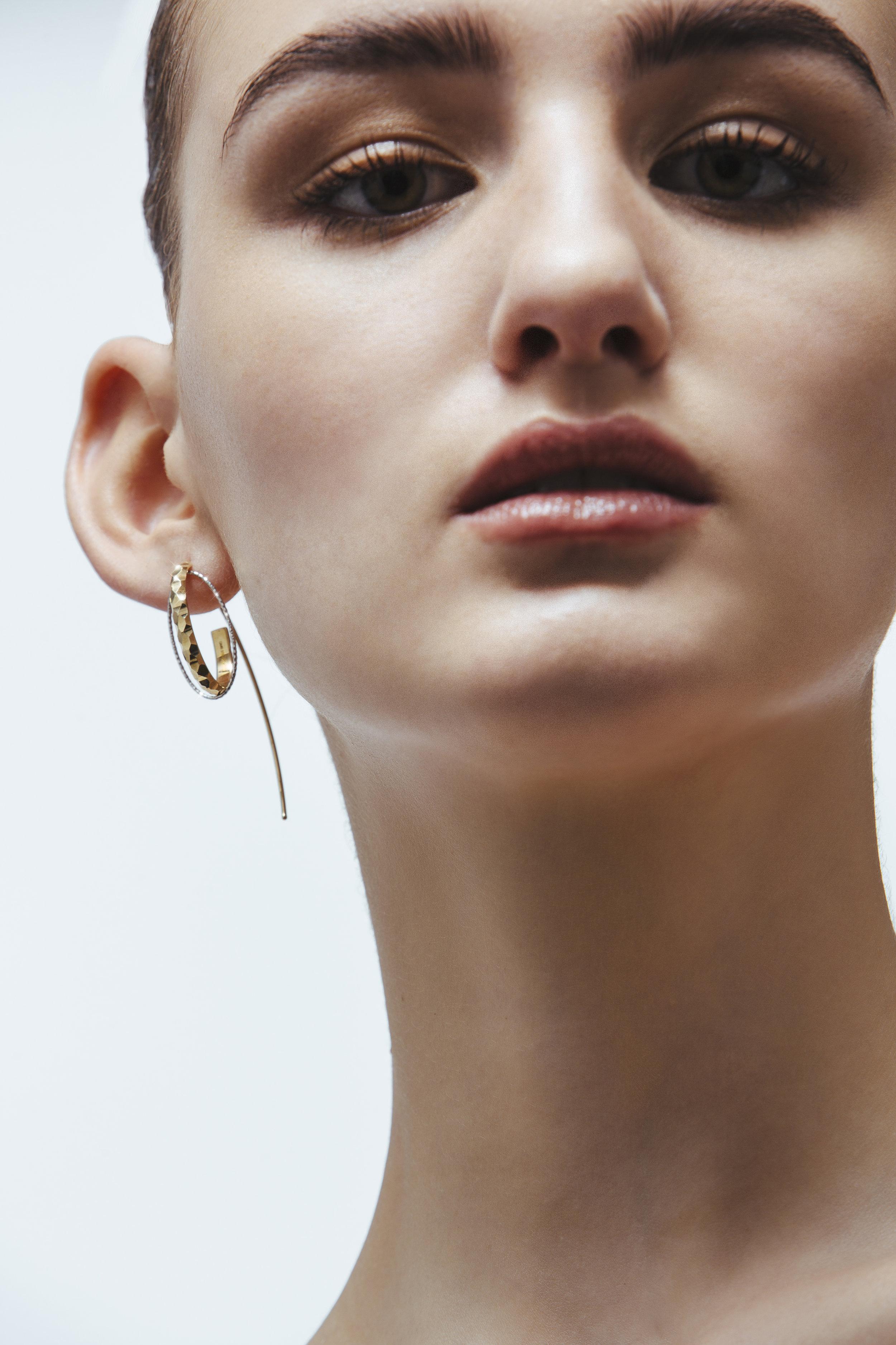 ADV Giuliana Mancinelli Bonafaccia Fine Jewelry Dunes Hook 2.jpg