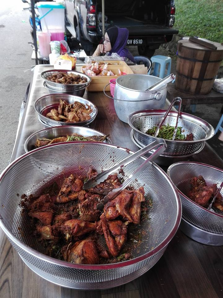 Source: Nasi Kukus Ayam Dara Gelang Patah FB Page
