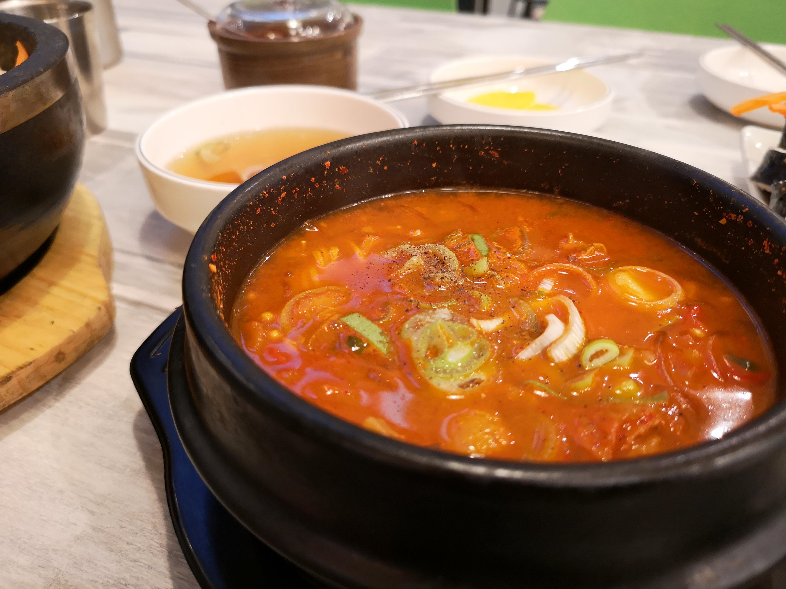 Teumsae Kimchi Jjigae