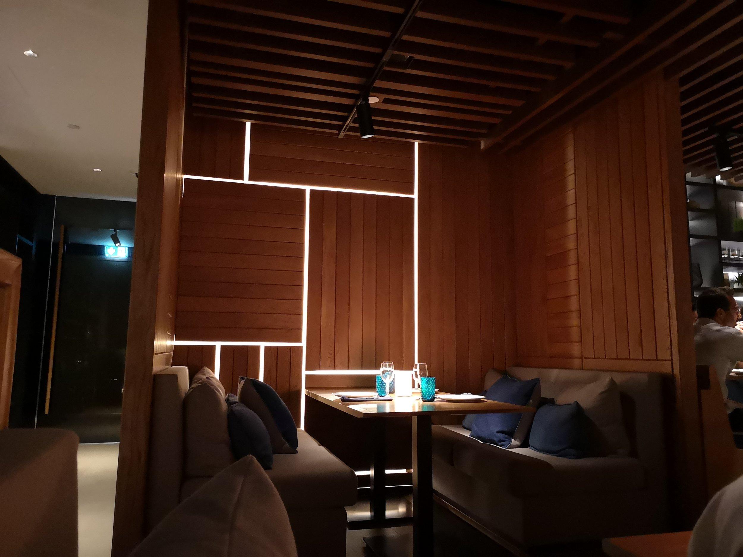 Sitting Arrangements Tasca Mandarin Oriental | Comfy!