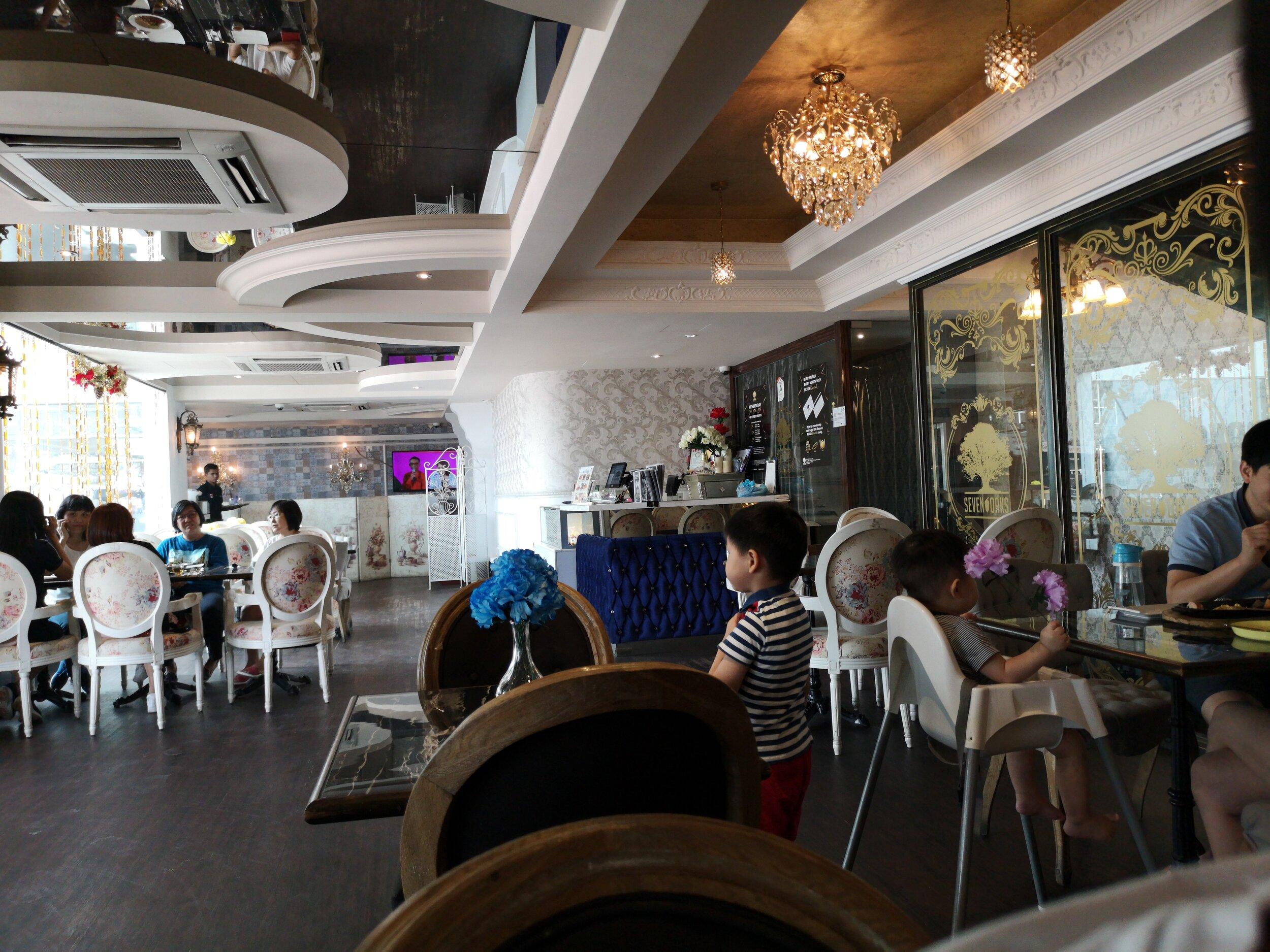 Sevenoaks Bakery & Cafe Taman Terbrau Jaya