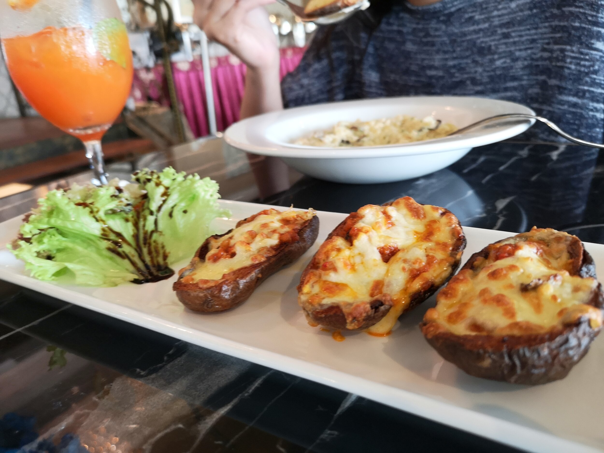 Baked Potato Skins with Chicken