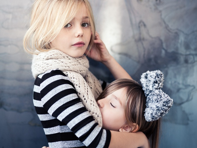 Emily moon kidswear - Naming, branding, logo & huisstijl, webshop, marketing & social media