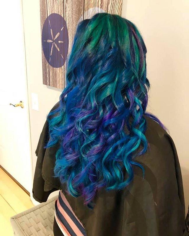 Mermaid hair 🧜🏼♀️