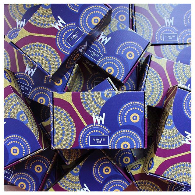 La box de Mars/Avril «Wax Lover» s'est fait désirer mais est enfin disponible 😍 5 produits de beauté pour 22,50€ seulement (17,50€ la première box pour tout nouvel abonnement bimestriel) 💫 Design : @elisaferal 💛