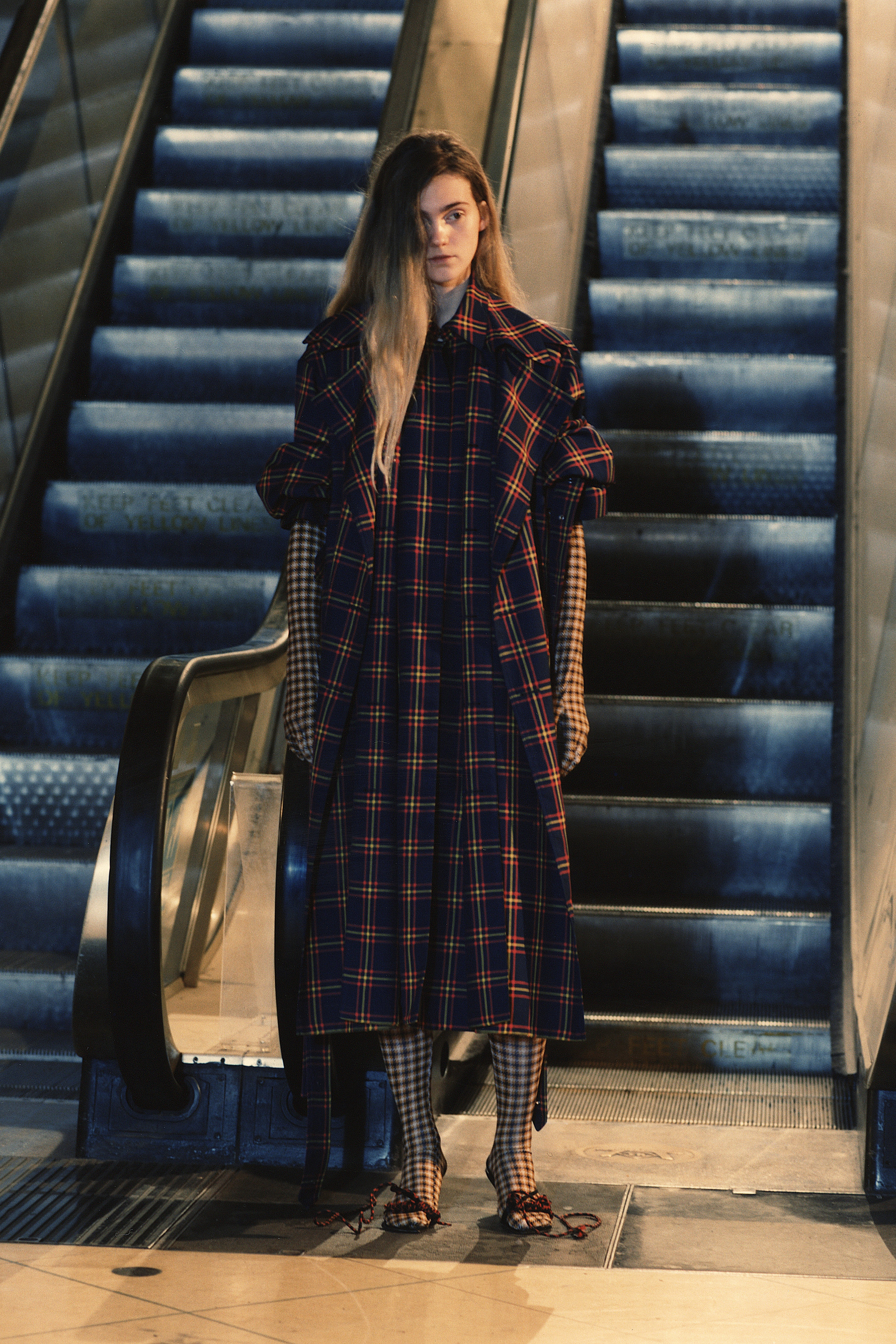 rokh_aw18_fashion_collection_magazine_vogue_19.jpg