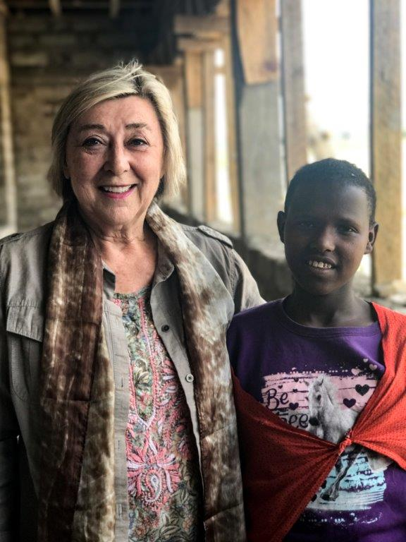 Ndicho, whose family lives in a simple boma in the Olmoti region, wants to be a doctor and give back to her community, an impossible dream without the education she is receiving, thanks to Susan's sponsorship.
