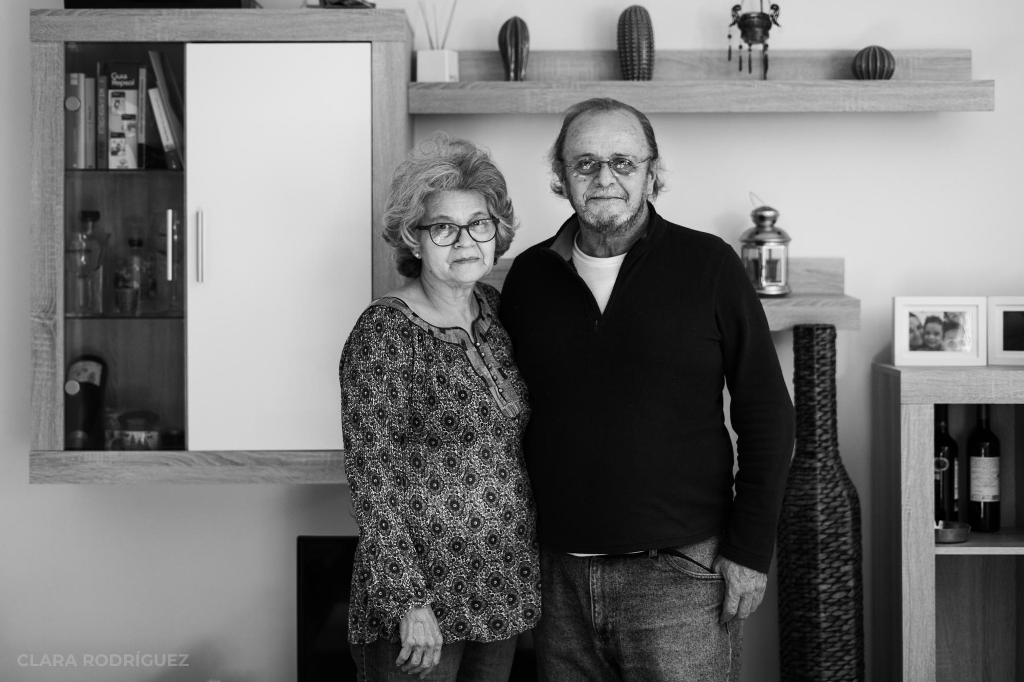 Rebeca González, caraqueña, y Miguel Carrasco, malagueño, llevan 42 años casados. Vivían en Venezuela y, desde hace casi un año, en España.