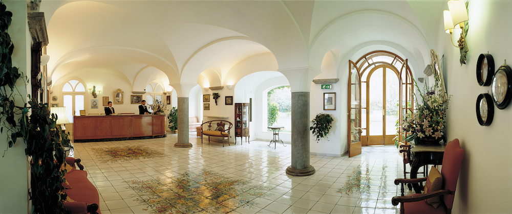 8-Reception-Hall.jpg