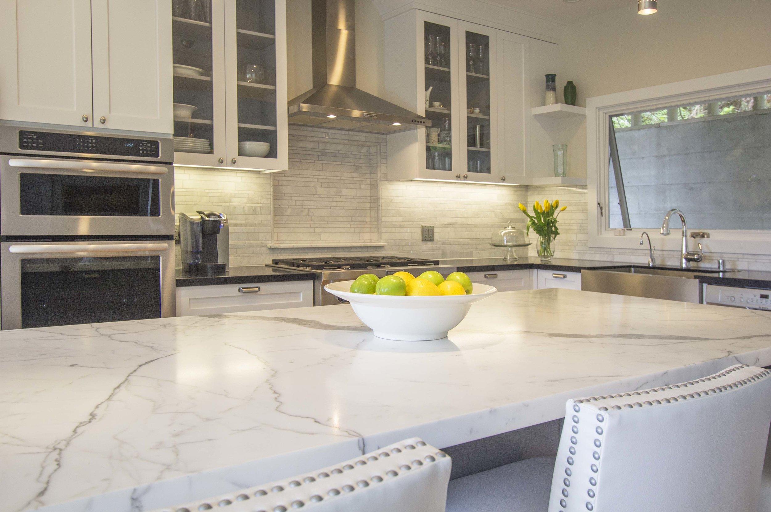 Kitchen 3 web.jpg