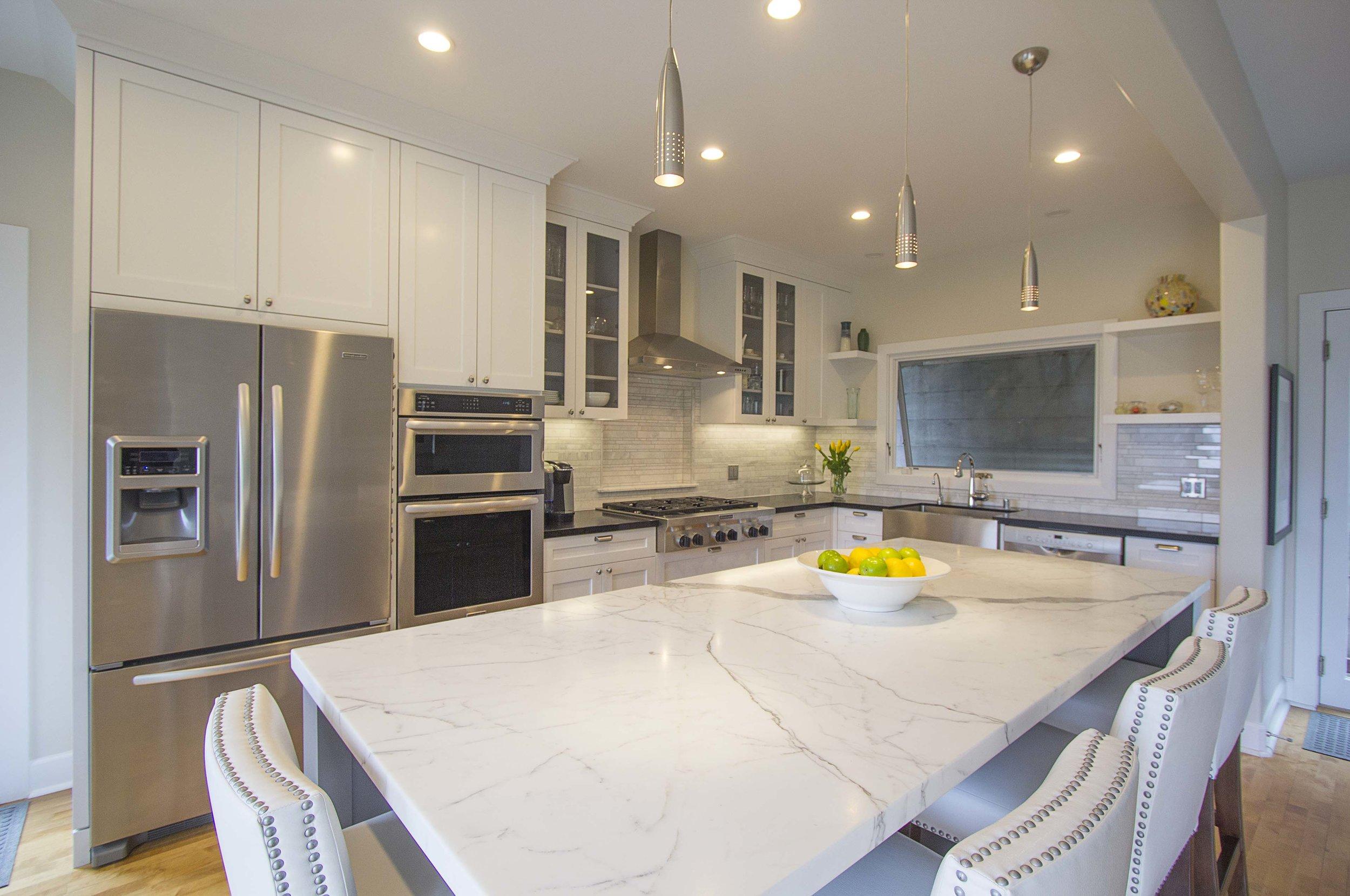 Kitchen 1 web.jpg
