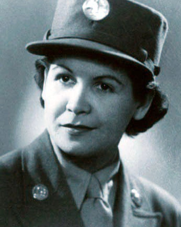Episode 77, witches! ICYMI, this week, @hannahfergesen and @msdeannaelise discuss the incredible Carmen Contreras-Bozak. She was the first Puerto Rican woman to go overseas as a codebreaker for the army in WWII. She joined at a time when women's contributions to the war were not seen as truly military, and they were therefore not entitled to the same benefits as male soldiers — like access to VA hospitals or overseas payment (!!). Carmen was a patriot in the truest sense - a young American woman born in the territory of Puerto Rico who found a life she loved in the mainland, and volunteered without hesitation to defend it. • • #goodwitches #badbitches #gwbb #podcast #womenwhopodcast #feminist #feminism #gwbbpodcast #history #herstory #america #american #puertorico #puertorican #latinxheritagemonth #hispanicheritagemonth #latinx #latina #hispanic #militarywomen #military #ww2 #wwii #wcw #witchywednesday