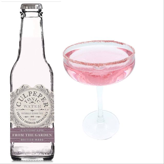 Need inspiration for the perfect drink for sipping in the garden on this sunny Easter holiday? How about Castle Gate pink gin ( strawberry & lavender, made by @weaverswines ) with our From the Garden tonic ( rose & lavender), garnished with a berry sugar rim. Fruity, floral and light, it's perfect for enjoying on a sunny day 🌸🌸☀️☀️🍸🍸☀️☀️🌸🌸. We are now starting the last 7 days of our crowdfunding so please like and share to help us spread the message or snap up a good deal on our crowdfunder site and help us get our final flavours bottled. 😊🍸😊