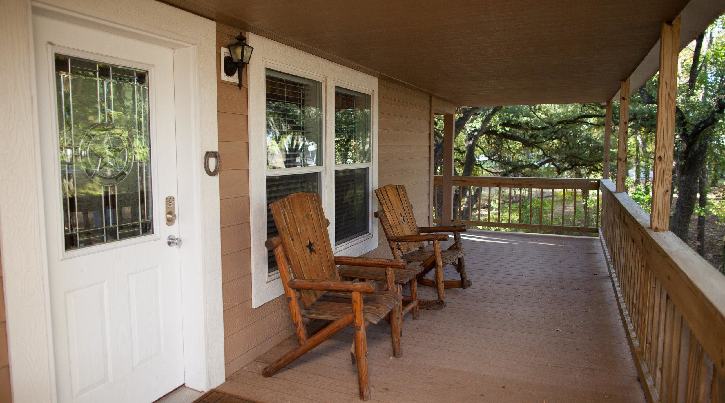 Ranch House - Entire house · 4 bedsRanch House is a western style house with 4 bedrooms, 4 baths, a living room, and a kitchen/dining area. The large wrap-around porch overlooks acres of the old Ostrich Farm.[Accommodates 4-8 people]