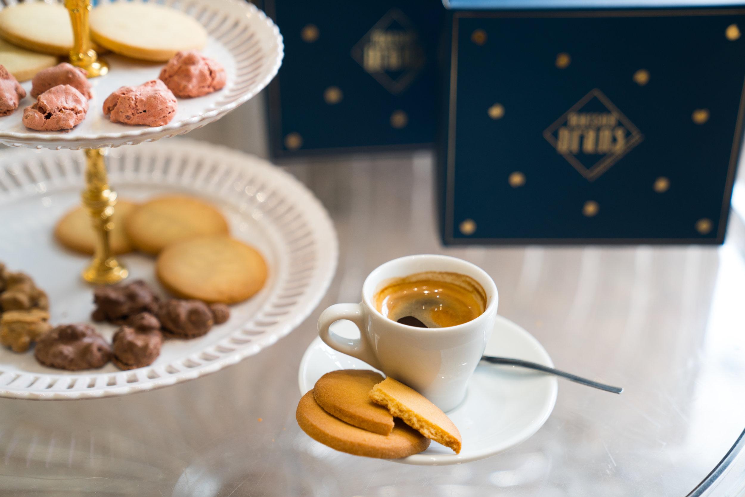Coffret Dégustation - Ce coffret vous permettra de déguster chaque recette de la Maison Drans : sablé natures, croq'amour café, tuiles aux amandes chocolat…8 sachets petits formats33,90€ - 550G