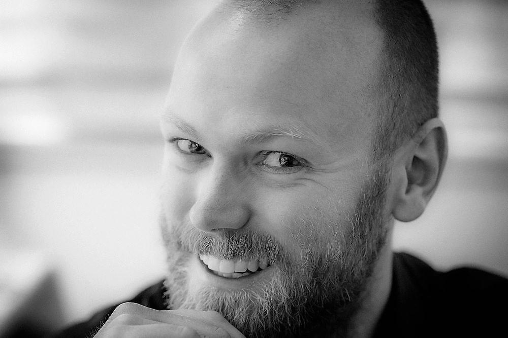 Philipp Scherer erzählt beim  Kinderkonzert am 01.02.2020