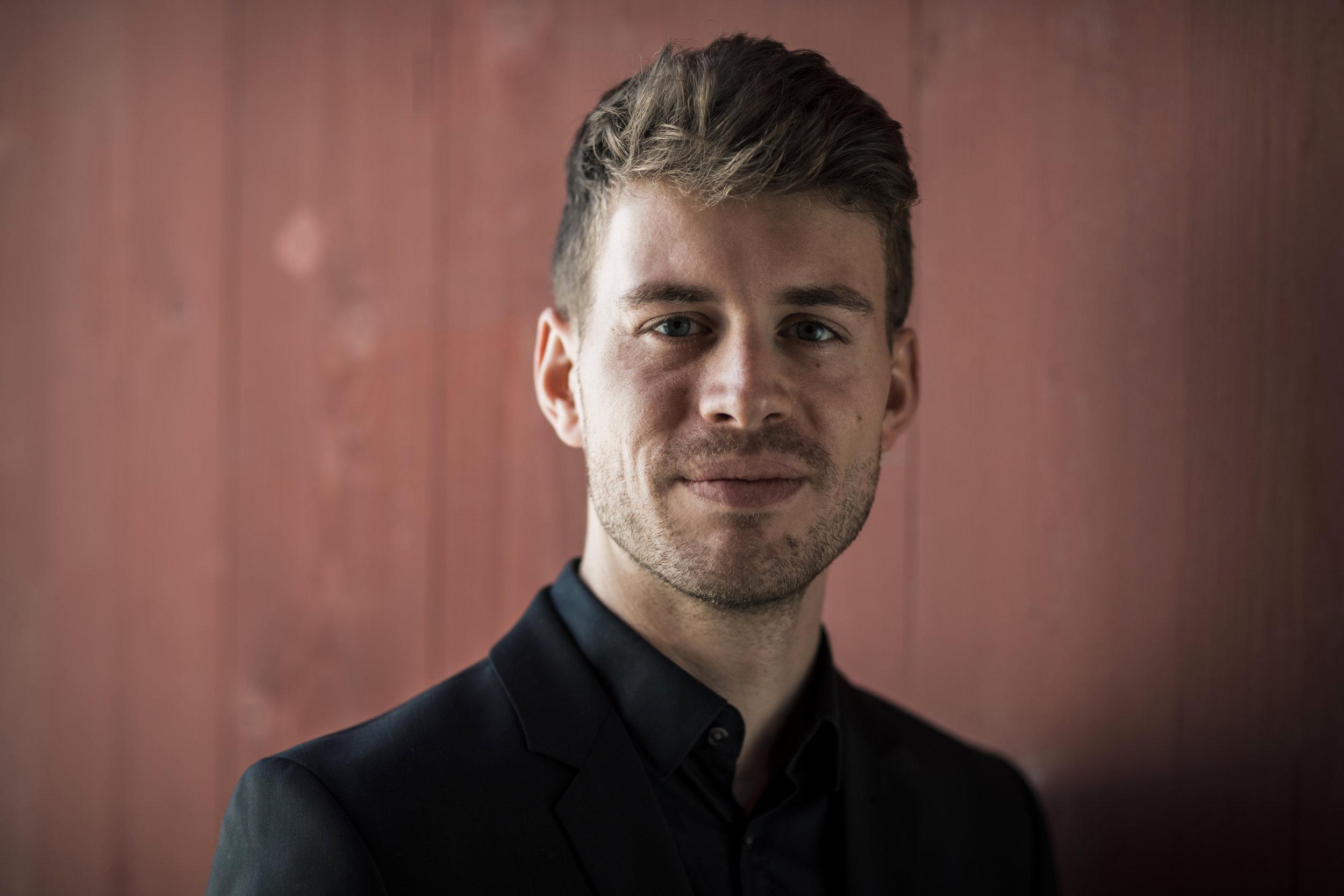 Maximilian Vogler singt am  Matineekonzert am 02.02.2020