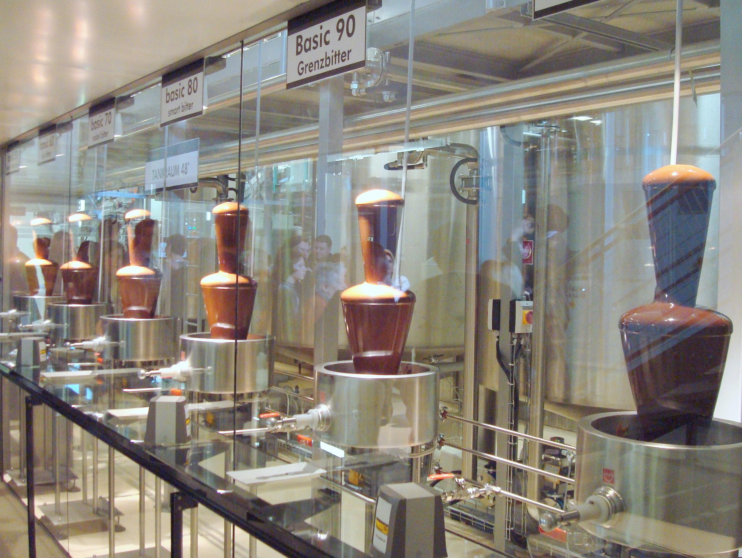 Schokoladenmanufaktur_Zotter_Bergl_Riegersburg_Schokotankstelle_BASIC_50-100.JPG