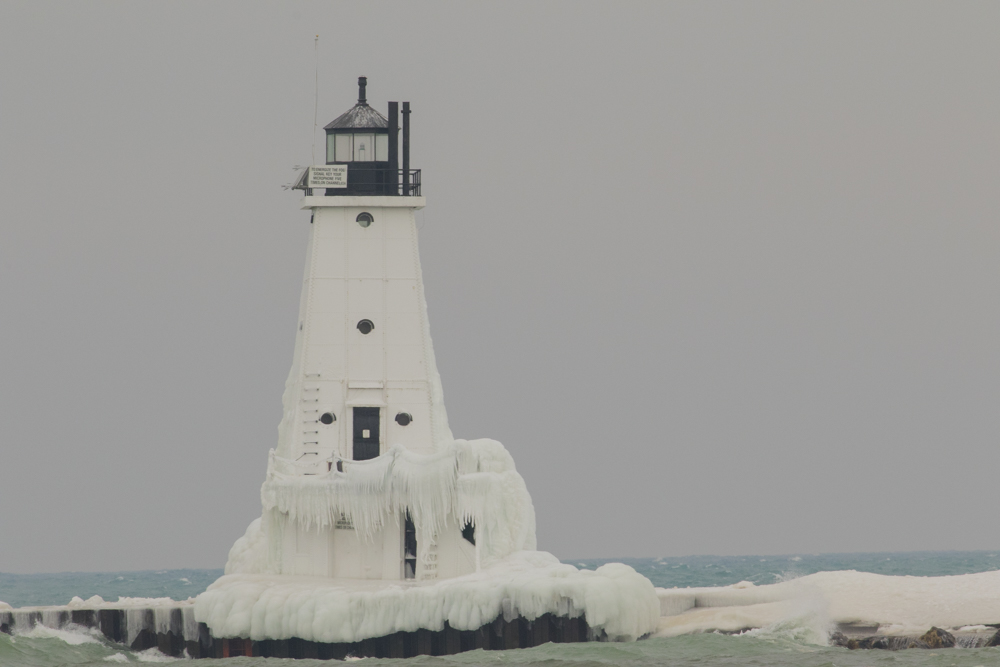Lighthouse collects ice during the winter.