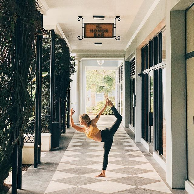 Come join Holly @lululemon in @theroyalpoincianaplaza for her 8:30 non heated power flow! Get your Yoga in before the holiday. Last class in PB before Thanksgiving 🌻🍂🍃🌾