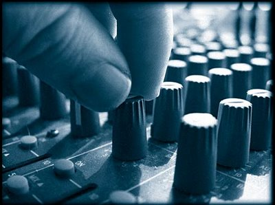 soundboard-729207.jpg