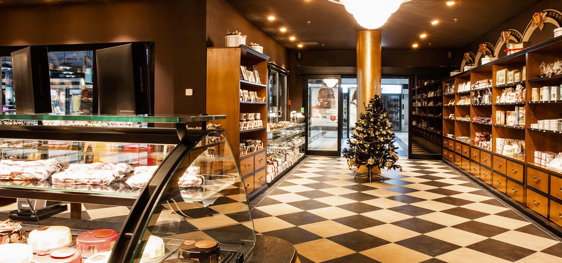 House-of-Chocolate-6-interieur-design-store-conzept-ladenbau-shop-ville-zuerich.jpg.jpg