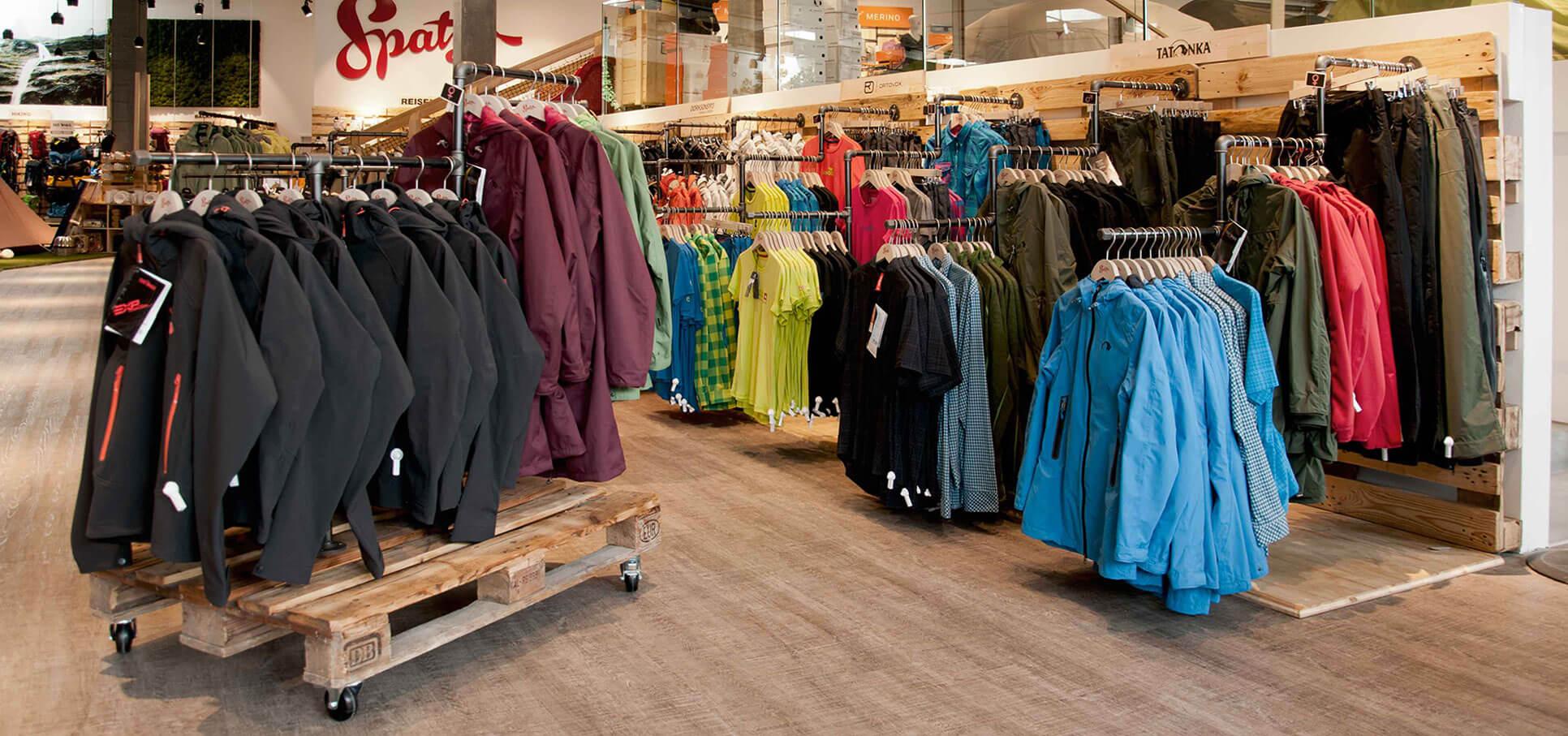 spatz-camping-outdoor-store-ladenbau-interiordesign-ladeneinrichtung02.jpg