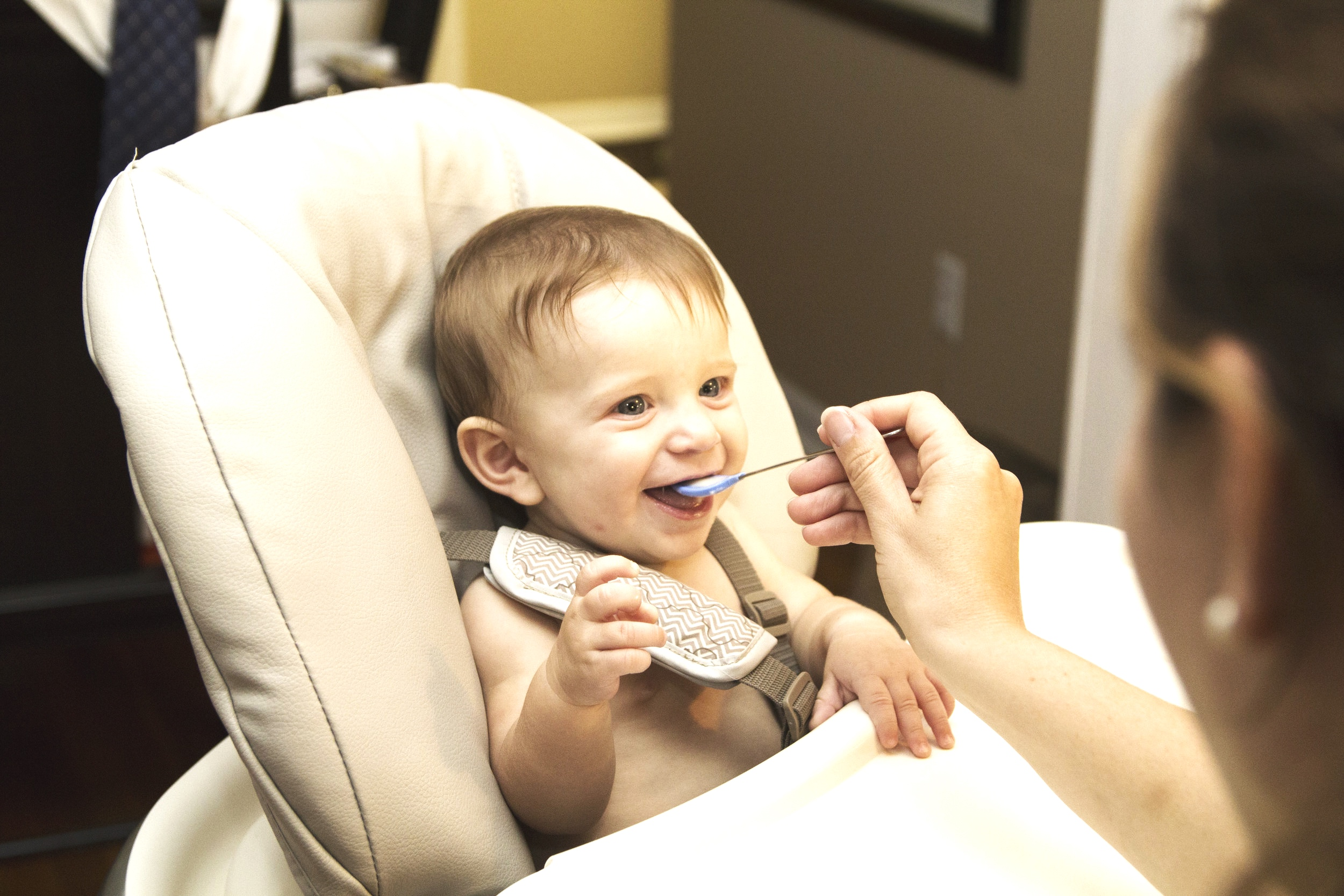 Baby led weaning and pureé use.
