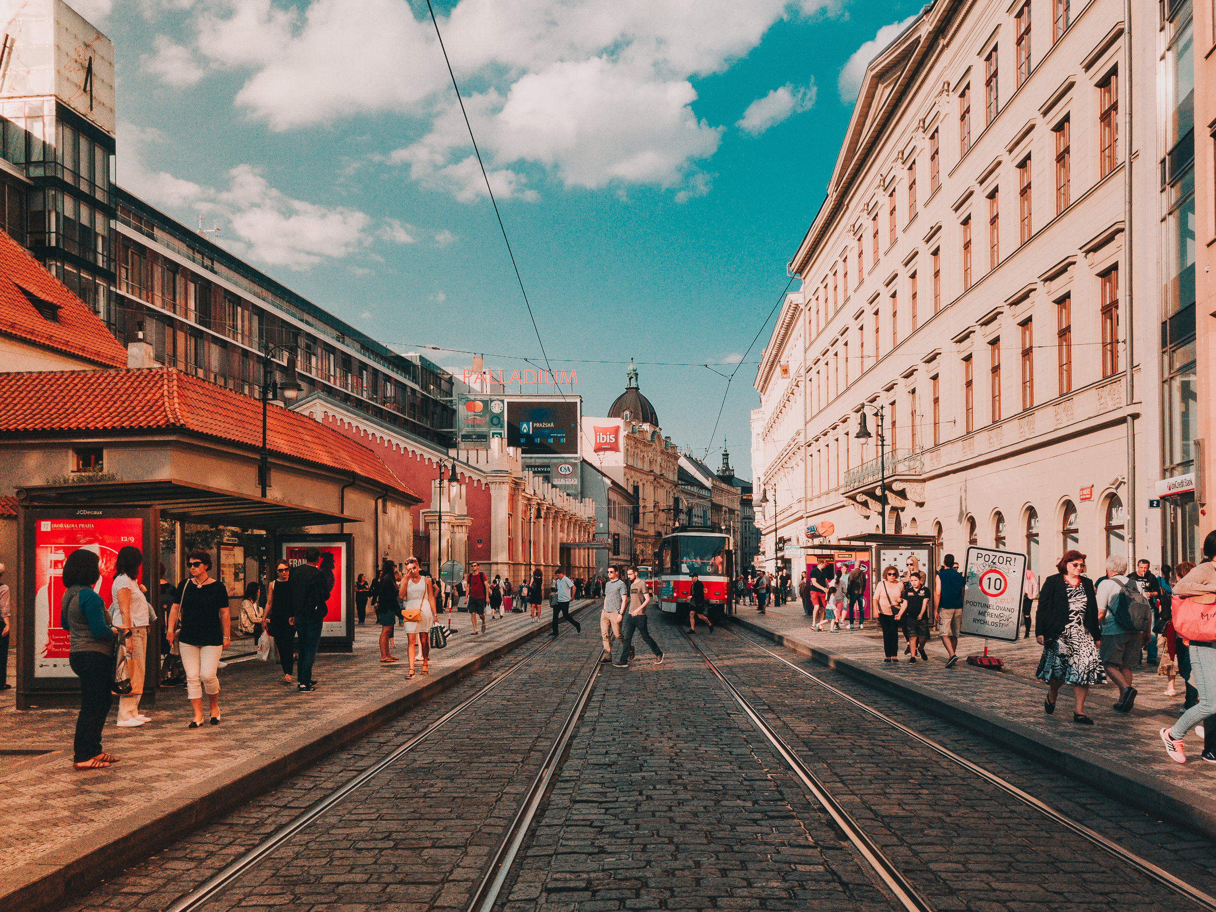 Discover Prague With bitplay 2017- iPhone 7 Plus - bitplay Wide Angle - Yes! Please Enjoy-7.jpg