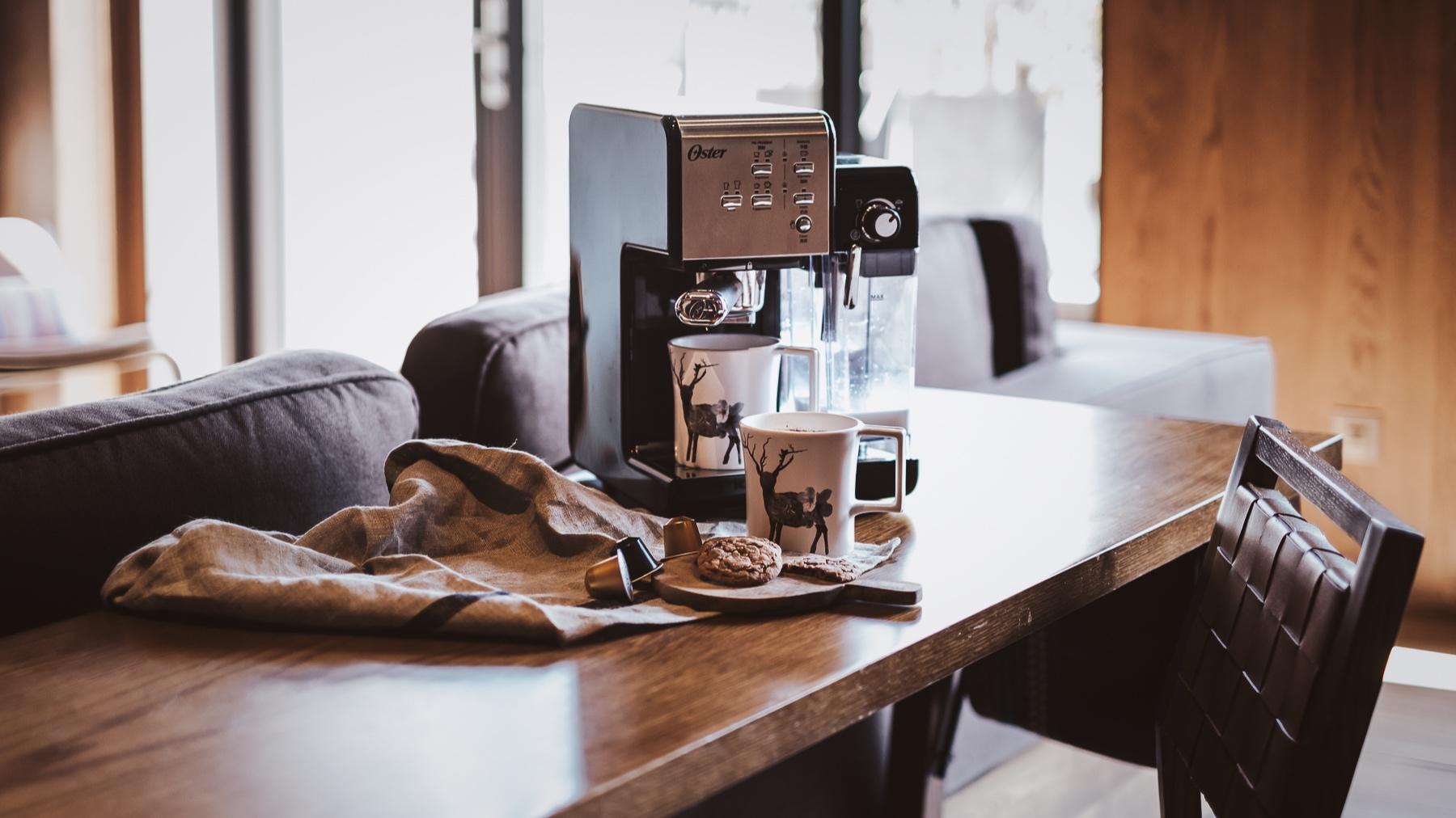 Oster+Caffee+Machine+-+HengStyle+%E6%81%86%E9%9A%86%E8%A1%8C+-+FUJIfilm+X-T3+XF3514+-+Yes%21+Please+Enjoy-15.jpg