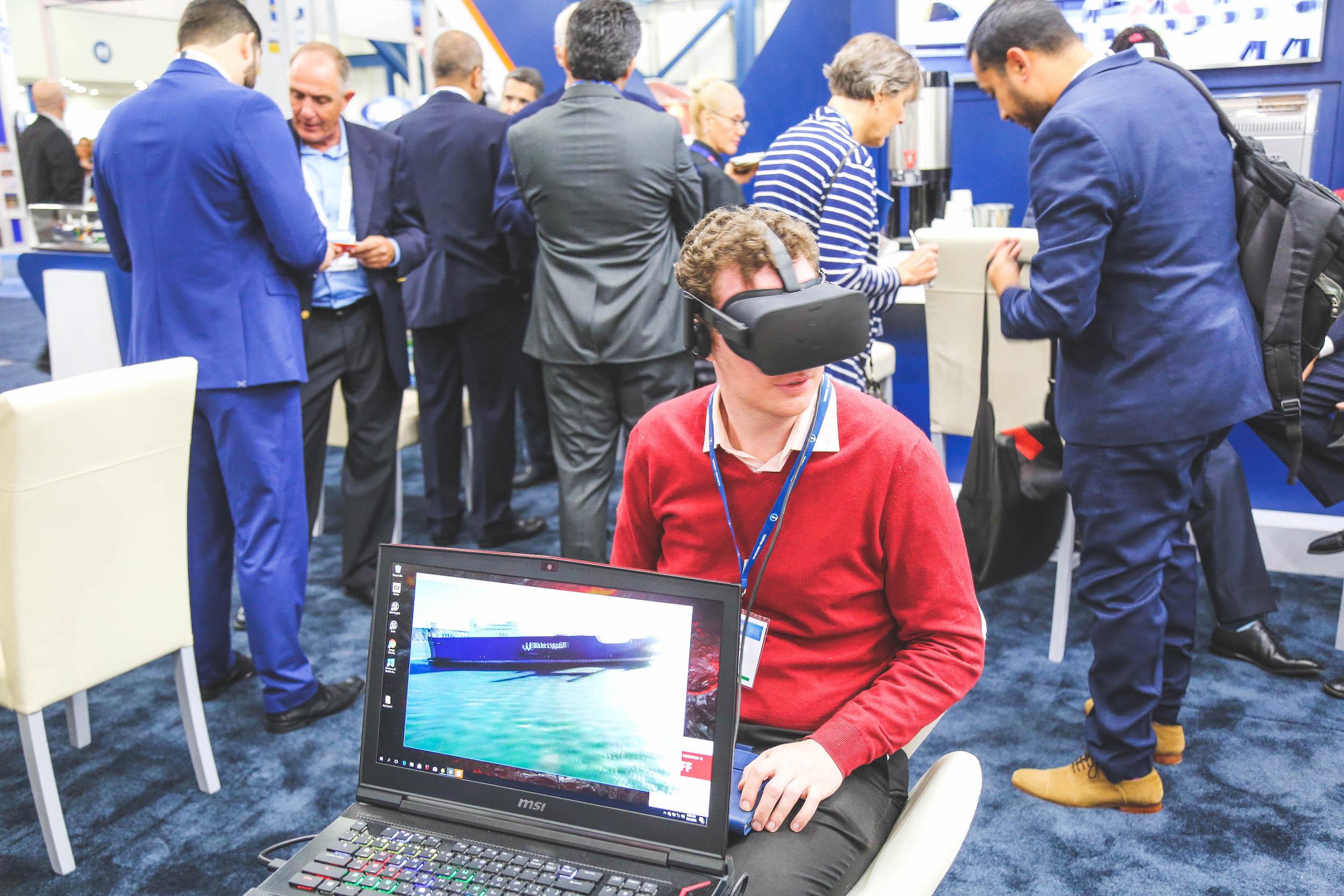 virtual reality software_signature ad.jpg