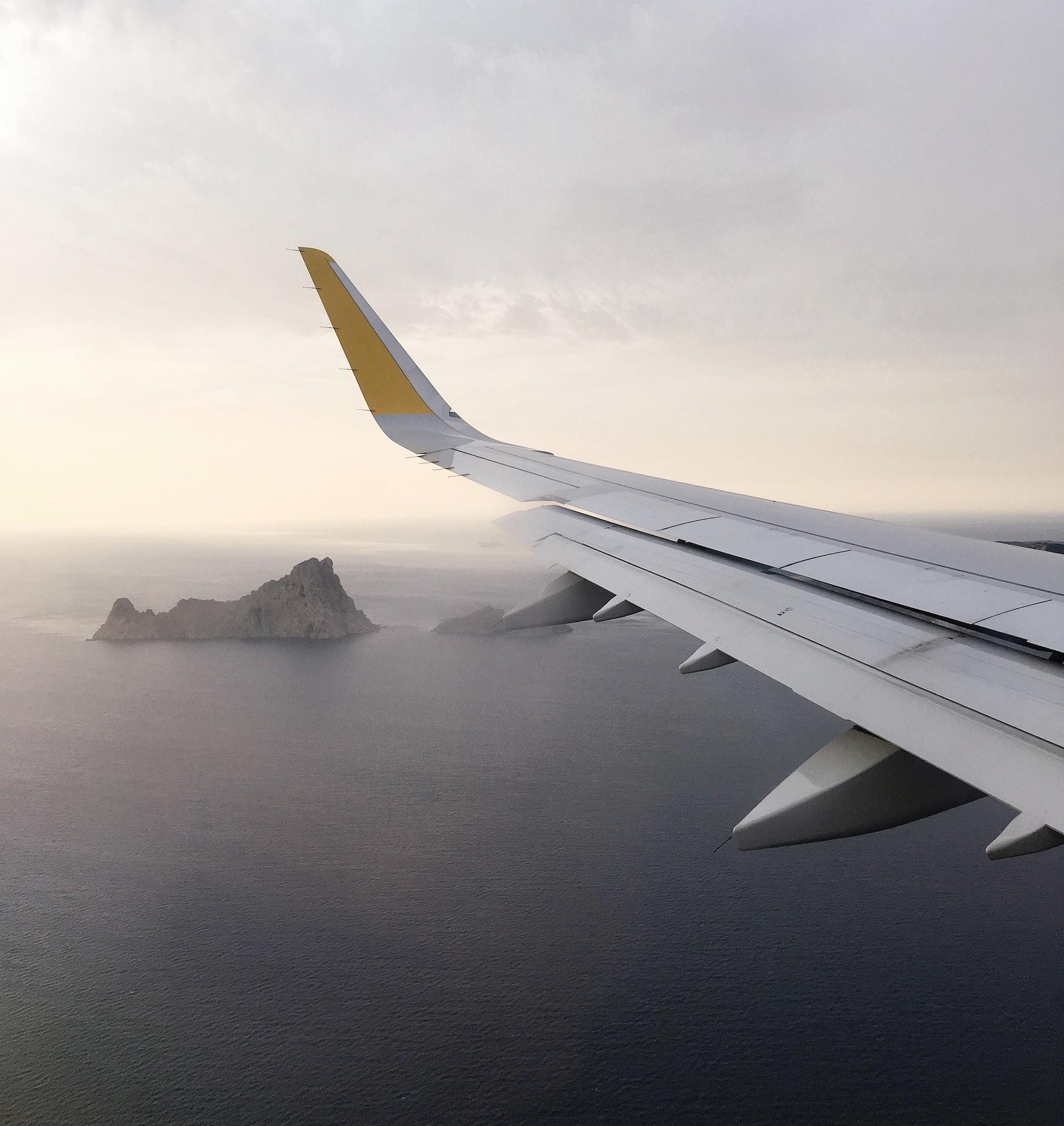 travel services_signature ad.jpg