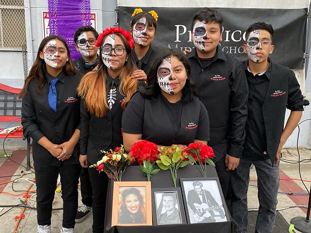 @inthebandorg @piopicomusicdepartment had an amazing performance yesterday at the #diadelosmuertos celebration in #venice presented by @sparcinla and @ucla #musiceducation #nonprofit #community #grassroots #losangeles #youthdevelopment #music #selena #richievalens #chuckberry