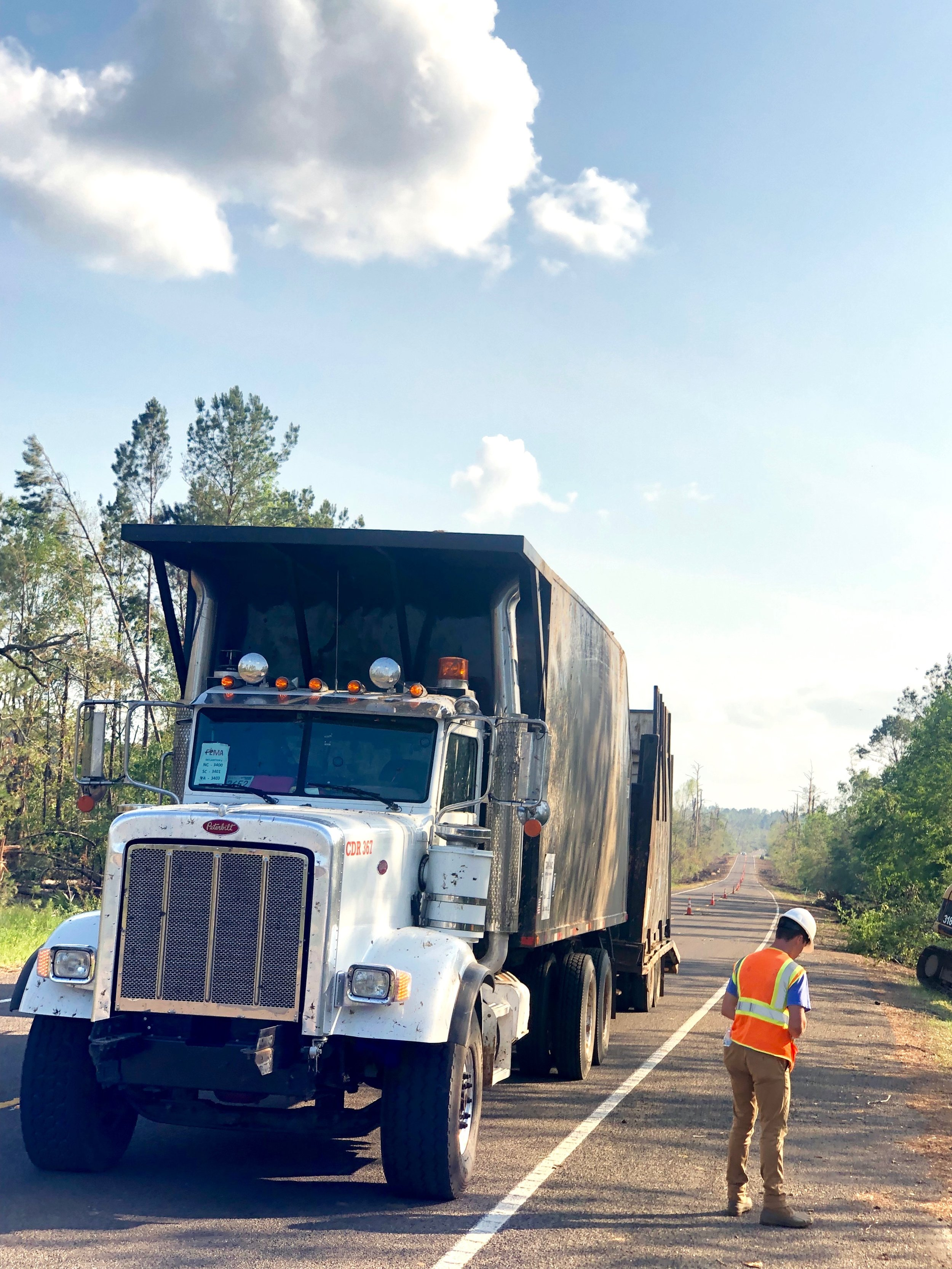 d.O.t MAINTENANCE & Right of way - With contracts in over 40 counties throughout Alabama, Cahaba is a trusted contractor when it comes to maintaining our infrastructure. When disaster strikes, Cahaba is also there to provide emergency services when called upon.