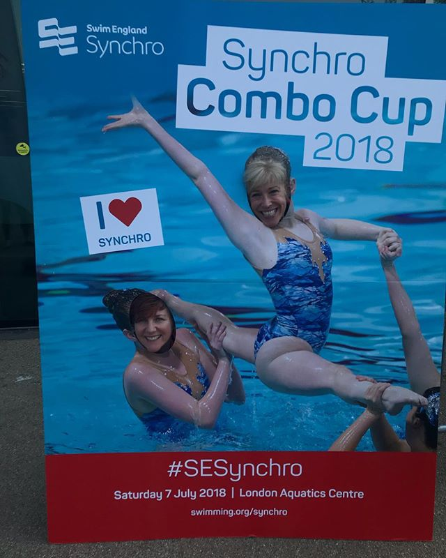 #SEsynchro here we go! Our coaches are ready and waiting! Synchro combo cup  Claire & shaz showing is how it's done @swimengland