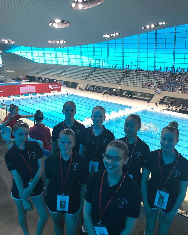 13-15 team at the combo cup ready for their swim!  #sesynchro  @swimengland  What a fabulous opportunity to swim at such a wonderful faculty!!