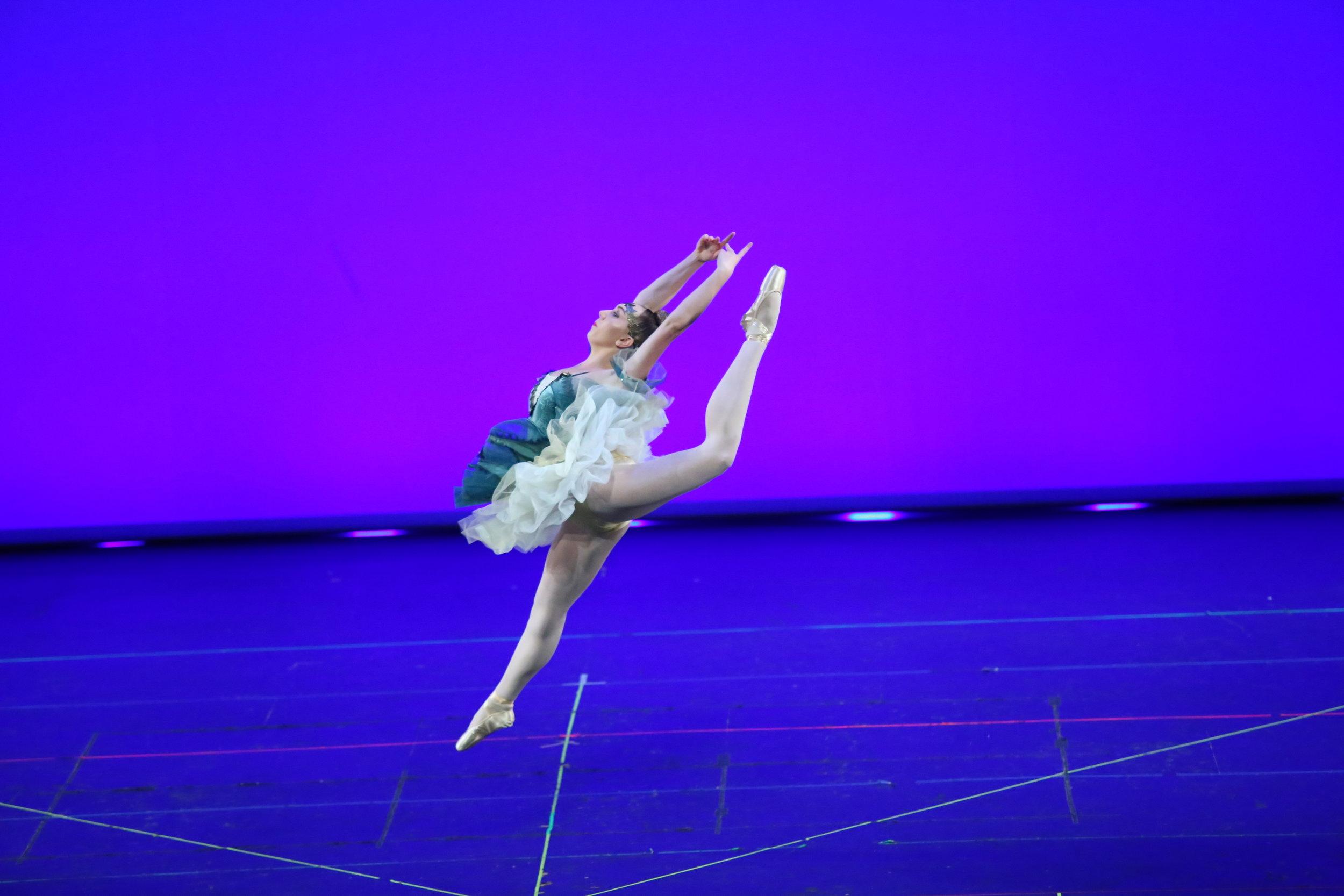 Michelle jump ballet show 2019.JPG